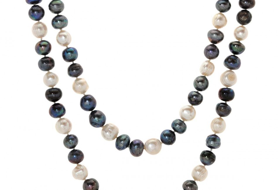 Brand New Necklace With Genuine 4.5-5.5mm Freshwater Pearls White Silk